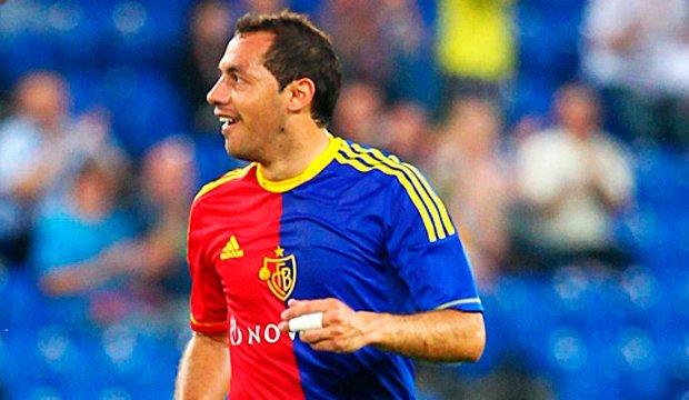 Marcelo Díaz extendió su vínculo con FC Basilea hasta 2017