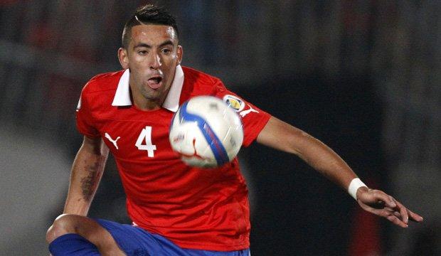 Olympique Marsella anunció incorporación de Mauricio Isla