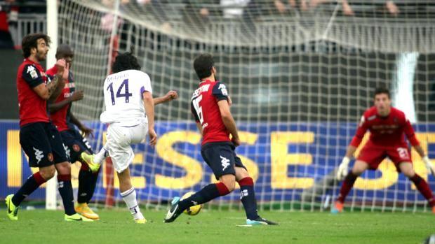 Matías Fernández fue figura en triunfo de Fiorentina sobre Cagliari