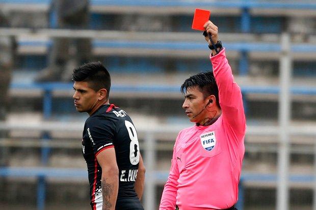 Esteban Pavez podría quedar fuera del resto del Torneo de Apertura
