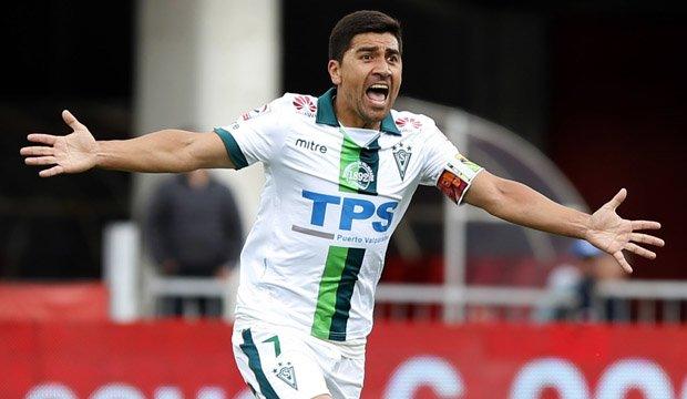 David Pizarro alista su retorno y surgen nuevos rumores de partir a Europa