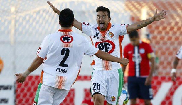 Cobresal venció a Cerro Porteño solo por el honor