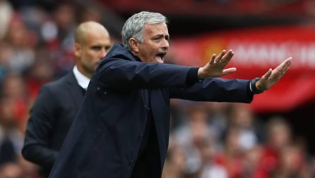 """Mourinho tras el clásico: """"Bravo debió ser expulsado"""""""