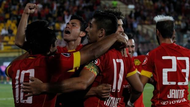 Unión Española gana y clasifica en Copa Libertadores
