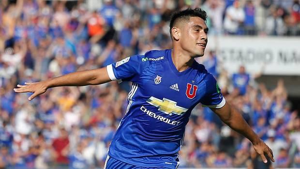 La U venció a Wanderers y le pone presión a Colo Colo