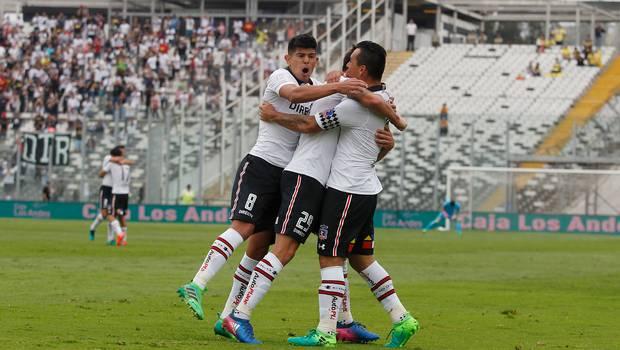 Colo Colo golea a U. de Concepción y quedó como líder exclusivo