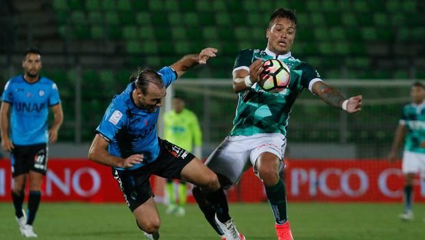 Deportes Iquique enredó puntos en empate frente a Santiago Wanderers