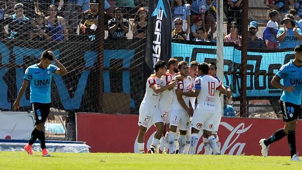Deportes Iquique logra agónico empate ante Unión Española
